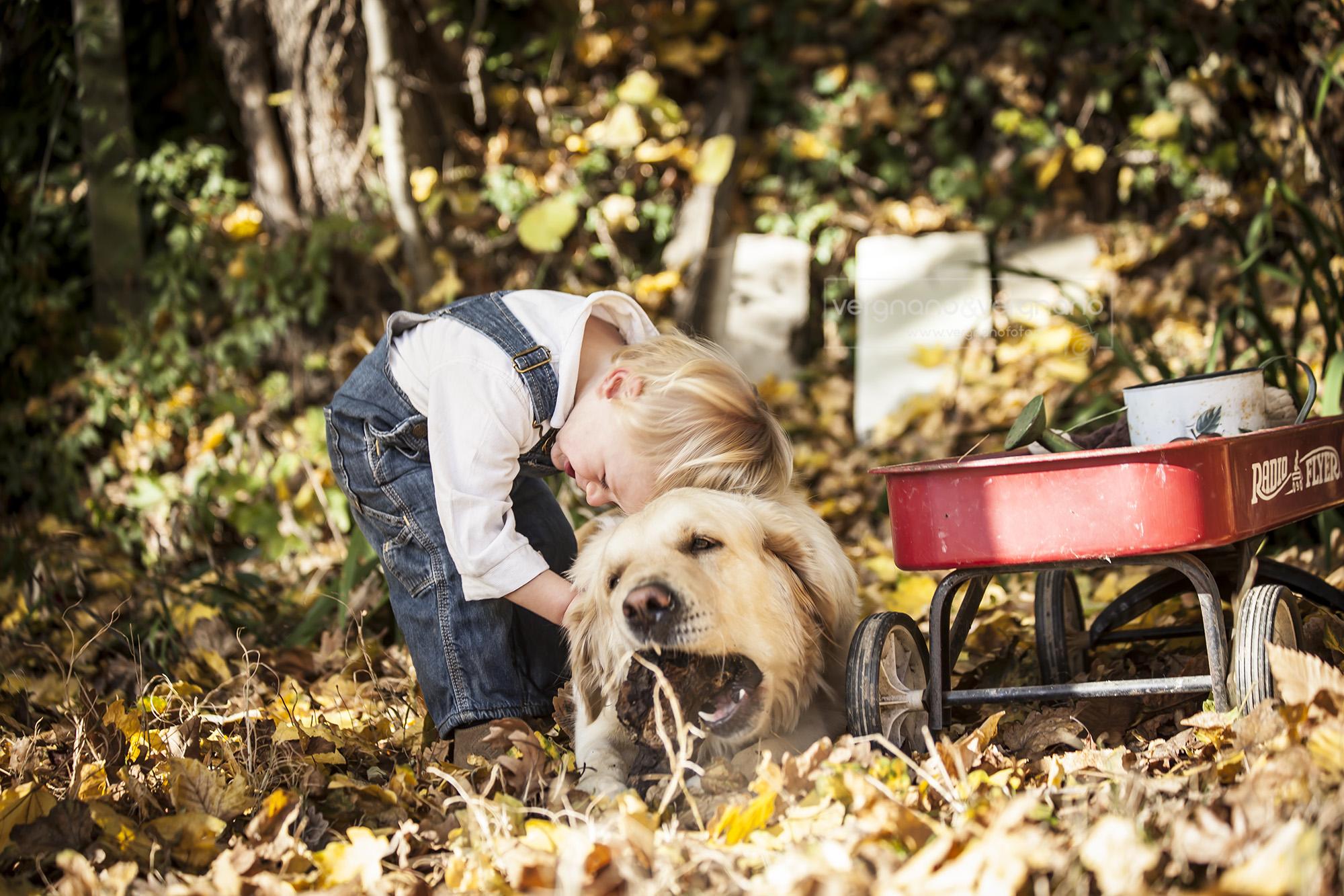 foto-bambino-cane-pino-torinese
